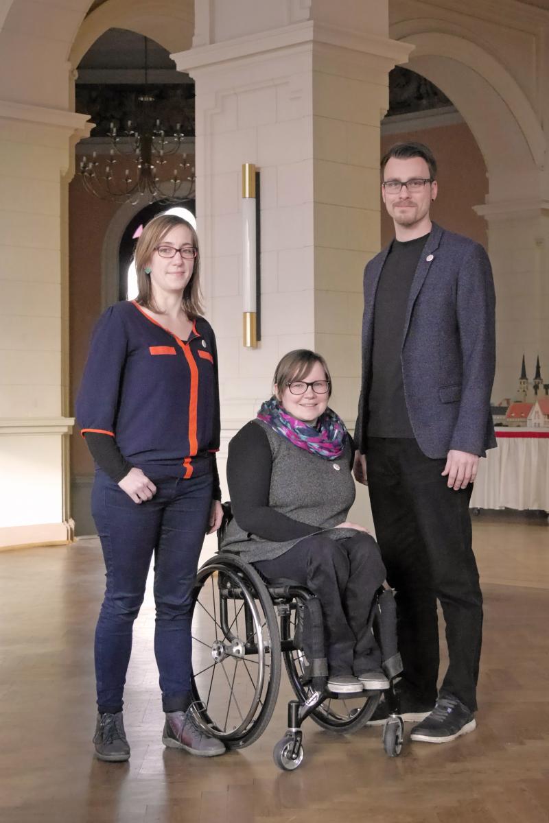 Die Teilhabemanagerinnen Marion Eicker und Anna Gerwinat und der Demografie- und Behindertenbeauftragte Christian Stößel