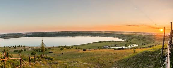 Sonnenuntergang Weinberg Panorama 2klein ©svenart - Sven Runkel